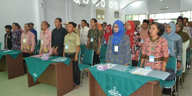 Kasdim 0712/Tegal Hadiri Rapat Rembug Paripurna Kelompok Tani Nelayan Bertempat di Gedung Muslimat NU Kab.Tegal