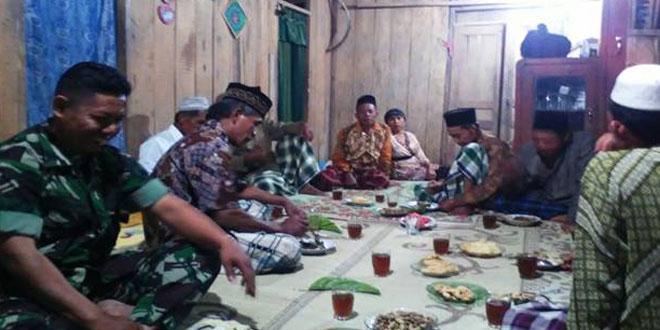 Babinsa Mondokan Hadiri Sarasehan Peringatan 1 Muharram di Desa Kedawung