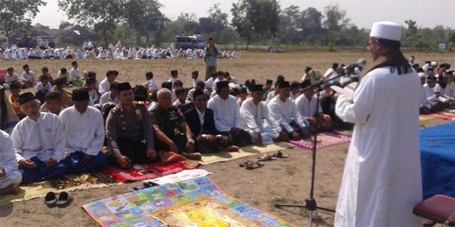 Danramil 11/Depok Hadiri Upacara Menyambut Hari Santri di Lapangan Sembego Depok
