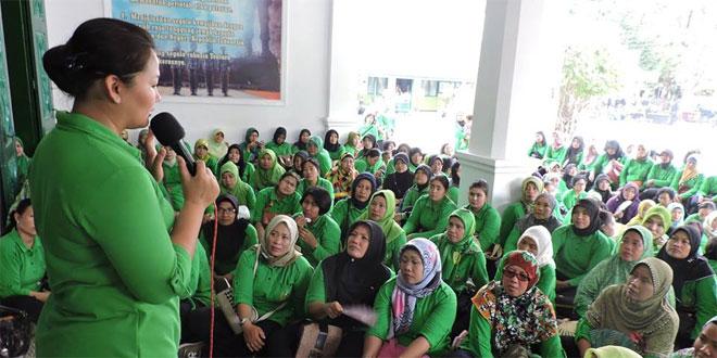 Persit KCK Cabang XXXVIII Kodim 0717/Purwodadi Adakan Pertemuan Rutin dan Perlombaan Antar Ranting