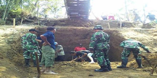 Koramil 05/Kta Laksanakan Karya Bhakti TNI di Desa Tunggorono