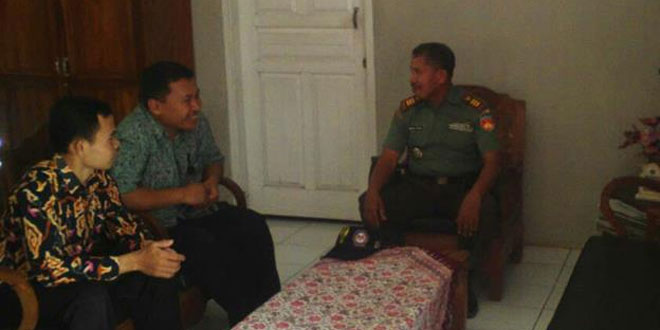 Danramil 20/Lumbir Melaksanakan Silaturahim di Smk Sriwijaya