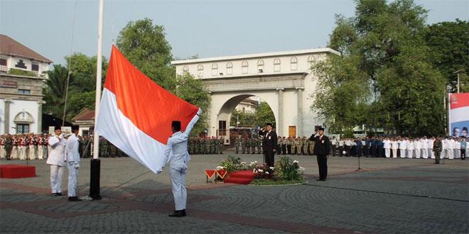 Kodim 0733-BS/Semarang Bersama Pemerintah Kota Semarang Gelar Upacara Hari Pahlawan