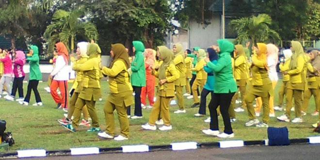 Olahraga Bersama Persit KCK Cab XVI Kodim 0701/Banyumas