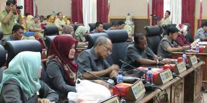 Rapat Paripurna Ke 30 Masa Persidangan III Tahun 2015 DPRD Kota Tegal