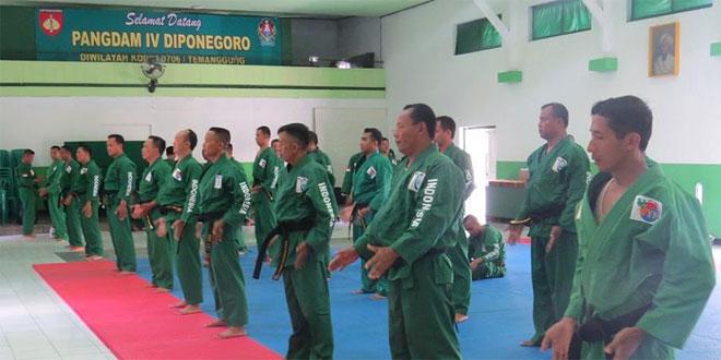 Korem 072/Pamungkas Latihan Yong Modo Gabungan bertempat di Kodim 0706/Temanggung
