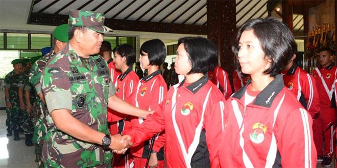 Pangdam IV/Diponegoro Lepas Kontingen Yong Moo Do Ikuti Piala Kasad V 2015
