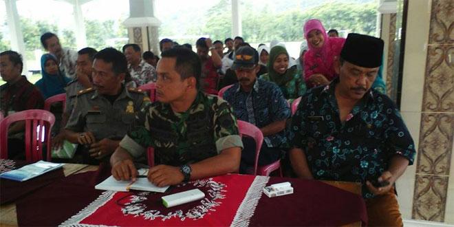 Babinsa Koramil 23/Cilongok Ikuti Rapat Pembentukan Panitia Lokal Jambore di Desa Panembangan