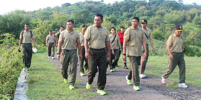 Pamen Kodim 0733-BS/Semarang Mengikuti Olah Raga Bersama Pangdam IV/Diponegoro