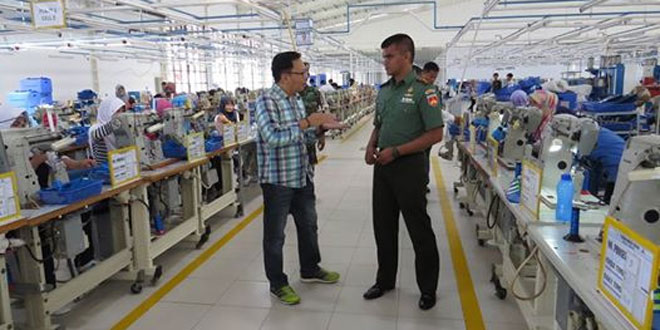 Dandim 0713/Brebes Kunjungi Pabrik Sepatu Adidas Brebes