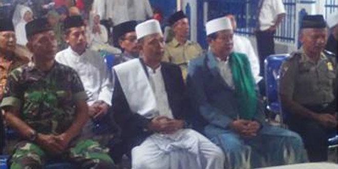 Babinsa Koramil 21/Tegal Selatan Hadiri Peringatan Maulid Nabi Muhammad Saw di Masjid Tanbirun Baitul Maqdis