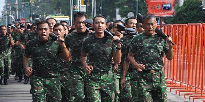 Latihan Fisik Menunjang Tugas Pokok Prajurit Korem 072/Pamungkas
