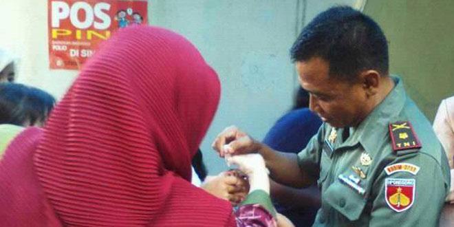Koramil 03/Semarang Utara Turut Serta dalam Pekan Imunisasi Nasional