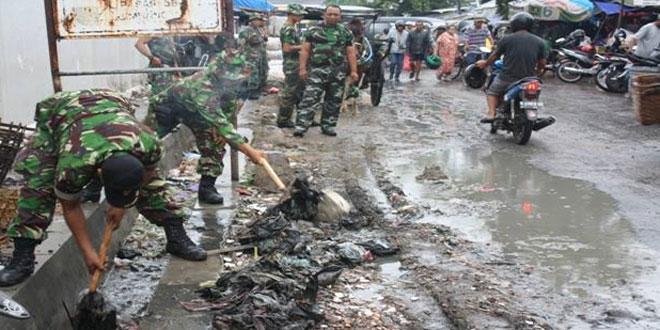 Deteksi Dini Bahaya Banjir Koramil 01 gelar karya bakti