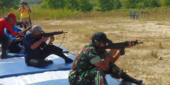 Polres Rembang Ajak Dandim 0720/Rembang Latihan Menembak Bersama