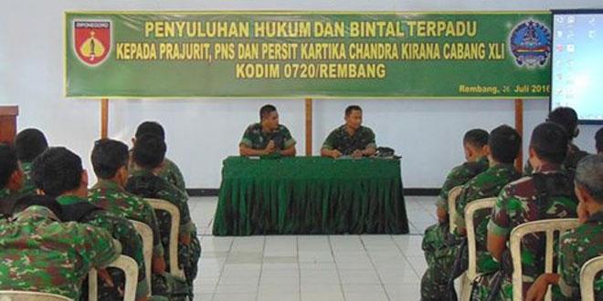 Kodim Rembang Menerima Penyluhan Hukum dan Bintal Terpadu dari Korem 073/Mkt