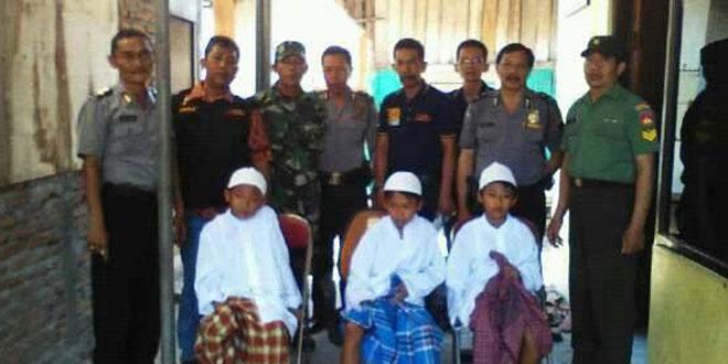 Babinsa Koramil 03/Semarang Utara Pantau Khitanan Massal