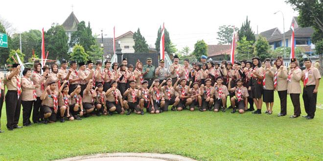 Kasdim 0714/Salatiga Memberangkatkan Kontingen Jambore Nasional Kota Salatiga