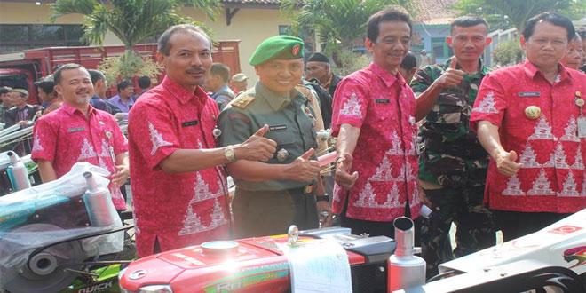 Dandim 0714/Salatiga Menghadiri Acara Penyerahan Bantuan Alat Pertanian di Dinas Pertanian Kabupaten Semarang