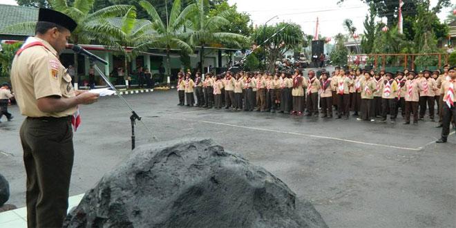 Kasdim 0714/Salatiga Sebagai Inspektur Upacara Dalam Lomba Pioneering Tingkat SLTP dan SLTA Se Kota Salatiga.