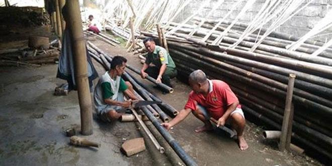Bati Komsos Ramil Mlati Bertandang Ke Pengrajin Bambu Dusun Sendari Mlati