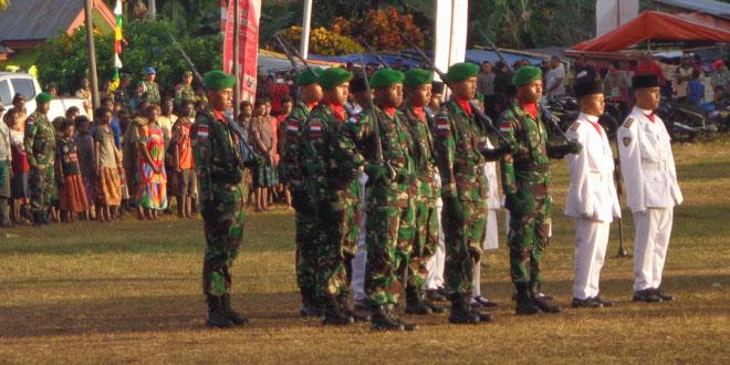 Satgas Yonif 407/Padmakusuma Peringati Hari Kemerdekaan RI ke-70 Bersama Masarakat Sota