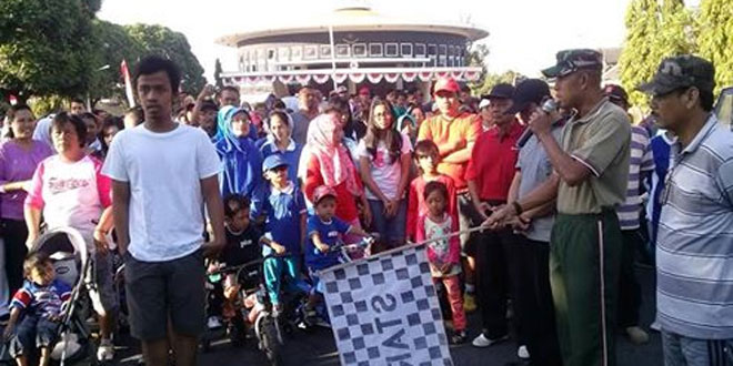 Danramil 06/Mergangsan Jalan Sehat Bersama Warga Dalam HUT RI Ke 71