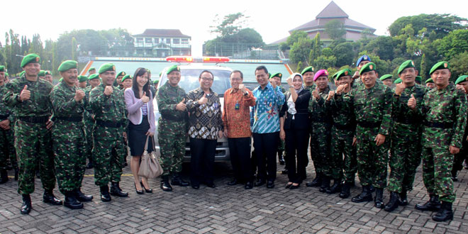 BRI Memberikan Hibah Ambulan kepada Kodam IV/Diponegoro