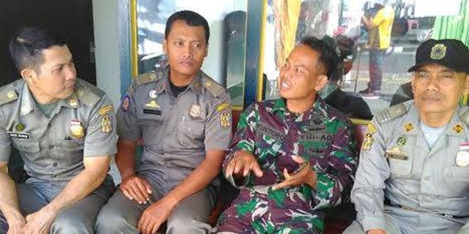 Wujud Sinergitas Satpol PP Kota Yogyakarta dengan Anggota Koramil 12 Gondomanan
