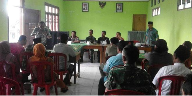 Danramil 10/Sumowono Hadiri Rapat Pleno Pilkades Kecamatan Sumowono