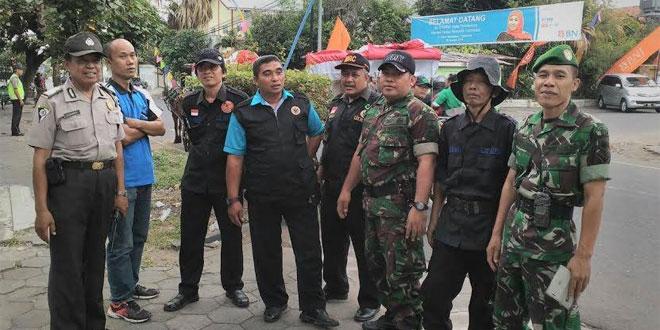 Babinsa Wirogunan Koramil 06/Mergangsan Melaksanakan Pam Kunjungan Mensos
