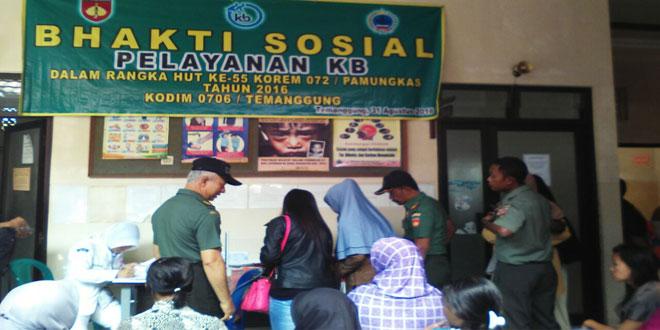 Koramil 04/Ngadirejo Laksanakan Bakti Sosial Pelayanan KB