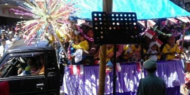 Babinsa Kembangsari Kawal Kegiatan Karnaval dan Hiburan Dangdut