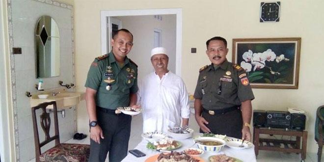 Dandim Surakarta Komsos dengan Tokoh Masyarakat Pasar Kliwon