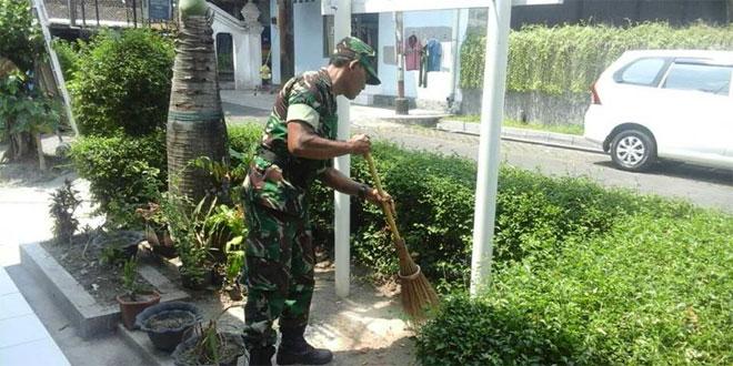 PERAN TNI DALAM MENJAGA STABILITAS KEAMANAN DAN KETERTIBAN DI WILAYAH TERITORIAL