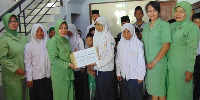 Dandim 0720/Rembang Berikan Batuan Kepada Anak Panti Asuhan Darul Falaq