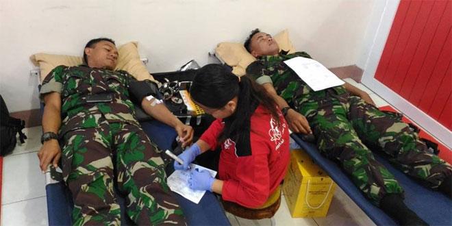 Anggota Kodim 0728/Wonogiri Ikuti Donor Darah Massal