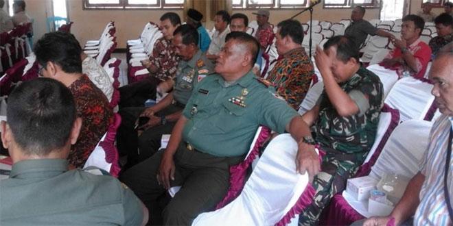 DANRAMIL 20/BOJONG HADIRI KONSULTASI PUBLIK CONTROLLED WOOD KPH PEKALONGAN BARAT