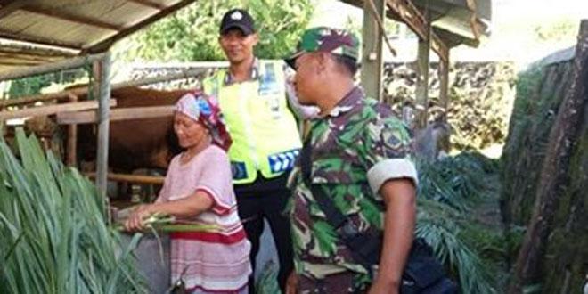 Babinsa Kepuharjo dan Bhabinkamtibmas Kunjungi Ternak Sapi di Wilayah Binaan