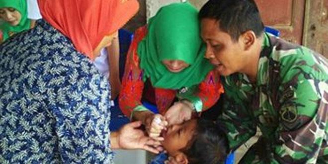 Babinsa Koramil 04/Ngadirejo Laksanakan Pendampingan Posyandu Bersama Bidan Desa