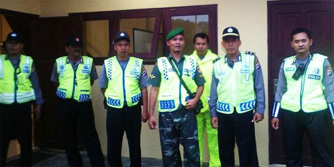 Babinsa Koramil 17/Gamping Bersam Kepolisian Bersinergi Dalam Pelaksanaan Tugas