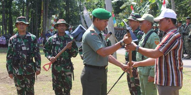 Dandim Purworejo Tutup TMMD Sengkuyung di Prapag Lor
