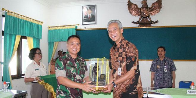 Dandim 0714/Salatiga Menerima Kunjungan Kerja Gubernur Jawa Tengah di Kodim 0714/Salatiga