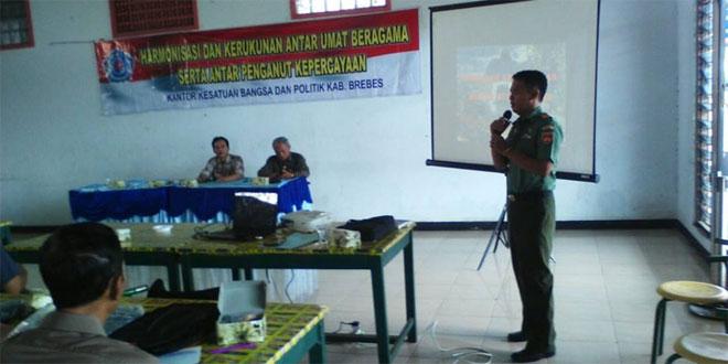 Danramil 04 Tanjung Beri Materi Harmonisasi dan Kerukunan Umat Beragama Serta Antar Penganut Kepercayaan