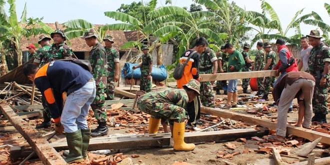 Kodim Blora, Karya Bhakti Bantu Korban Bencana Angin Puting Beliung