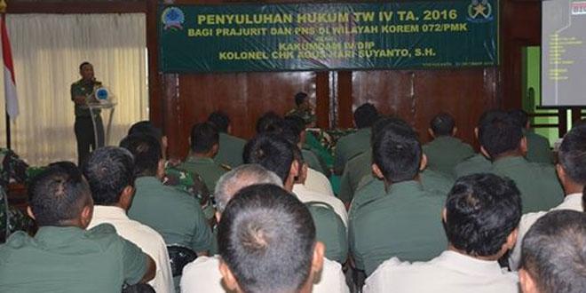Penyuluhan Hukum Bagi Prajurit dan PNS Korem 072/Pamungkas