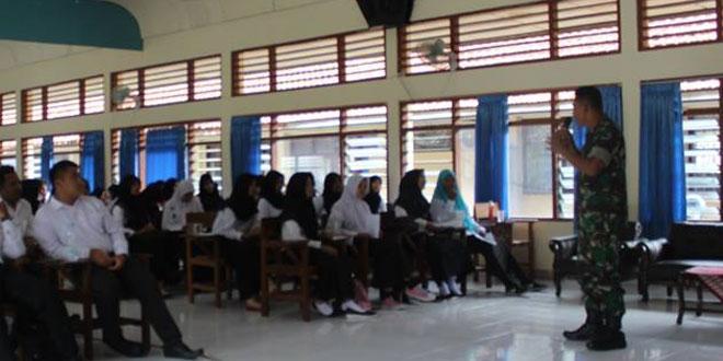 Kodim 0731/Kulon Progo Berikan Wawasan Kebangsaan kepada Mahasiswa Baru IKIP PGRI Wates