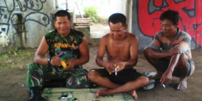 Babinsa Umbulmartani Senantiasa Dekat Dengan Petani