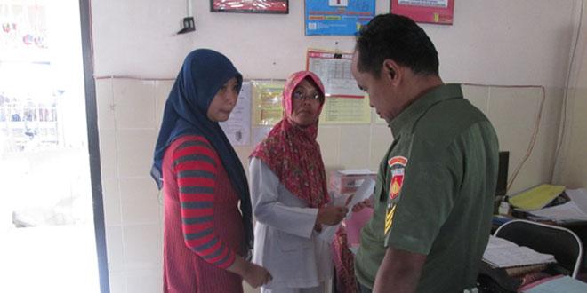 Babinsa Dampingi Bidan Desa Laksanakan Program KB