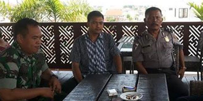 Babinsa Sosromenduran Silahturohmi Dengan Tokoh Pemuda di Wilayah Binaan